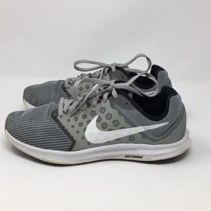 Nike Downshifter 7 Gray Running Shoes Size 7